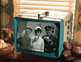 old GE TV with Clancy, Willie, and Mary Davies